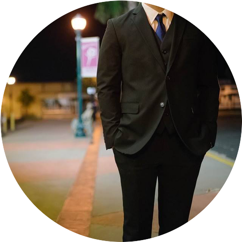 【未来の働き方インタビューvol.12】落ちこぼれだった新人時代を乗り越えて。人気ブログ、著者活動、オンラインサロンの運営などを手掛ける複業家shinさんインタビュー!